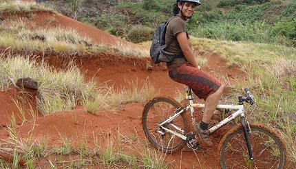 Swanee lors de son périple cycliste à Madagascar